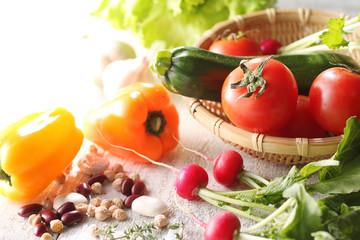 色々な野菜の集合イメージ写真