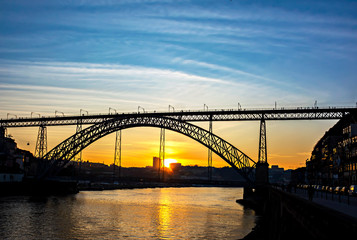 Wall Mural - The double-decker Dom Luis I bridge is an icon of the city of Porto.