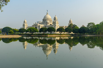 Victoria Memorial Hall and garden in Kolkata