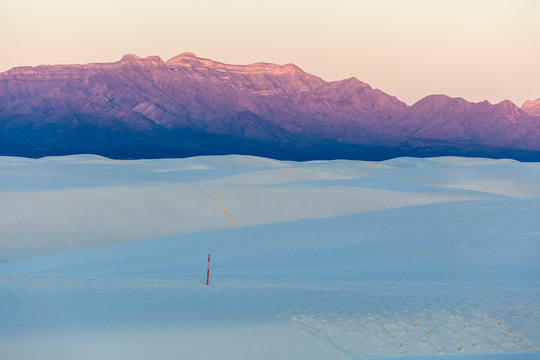 Landscape view of the sunrise in White Sands National Park near Alamogordo, New Mexico.