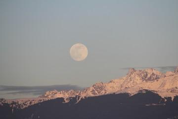 Gigantic Moon