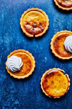Lemon and vanilla tarts