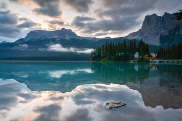 Wall Mural - Emerald lake, Yoho National Park, British Columbia, Canada, Canada