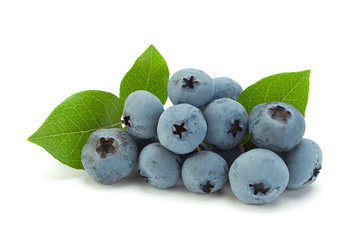 Blueberries with leaf