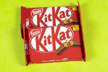 barres chocolatées de marque Kitkat fabriqué par Nestlé