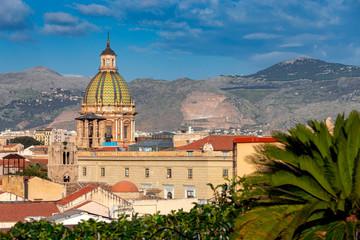 La pose en embrasure Palerme Palermo. Aerial view of the city.