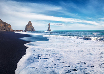 Fotobehang Noord Europa Splendid morning seascape of Atlantic ocean. Stunning view of Reynisdrangar cliffs. Impressive summer scene of Iceland, Vik location, Europe. Beauty of nature concept background.