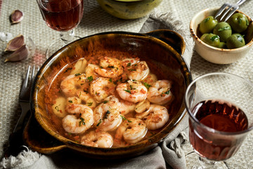 Traditional Andalusian scampi with garlic