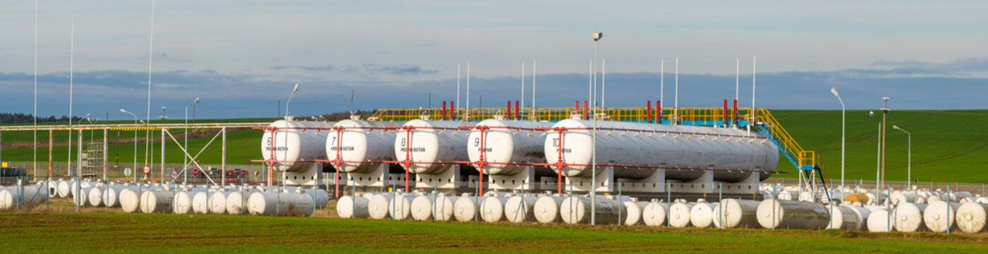 propane-butane liquid gas tanks