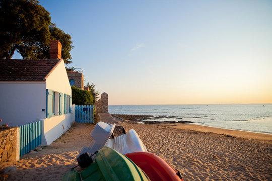 Noirmoutier, plage, paysage, océan, mer, sable, maison, location, vent