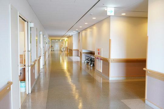 病院 病室 通路