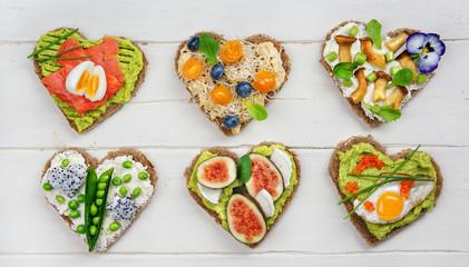 Fotobehang Kruidenierswinkel gesund belegte Brote