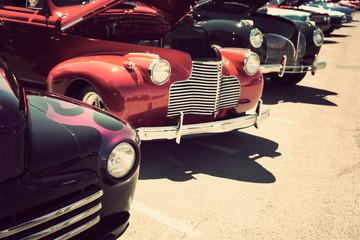 Fotomurales - old cars street display