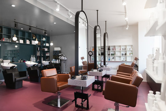 Hairdresser and makeup artist workplaces in one room