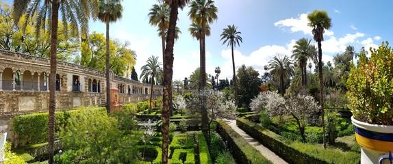 Papiers peints Jardin Garden of Real Alcazar Gardens in Seville Spain