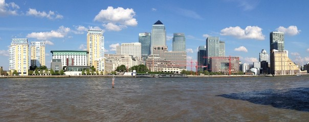 Panoramic shot of Canary Wharf during daytime in Canary, UK