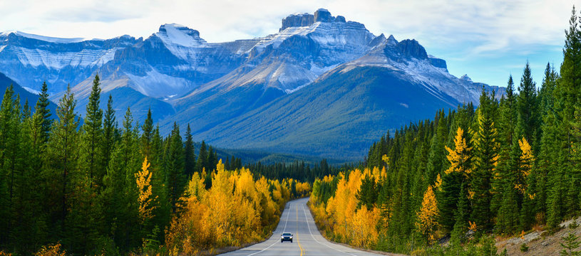 """Panorama view road 93 beautiful """"Icefield Parkway"""" in Autumn Jasper National park,Canada"""