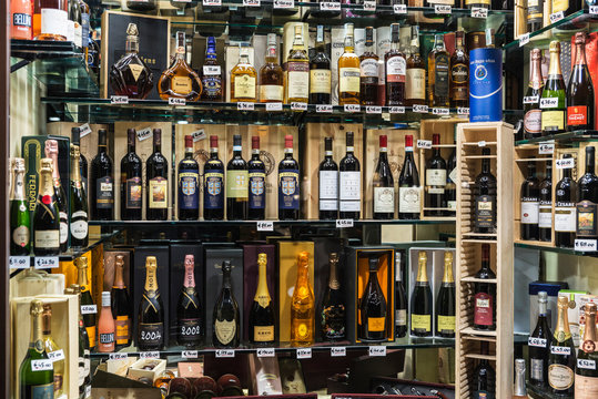 Liquor store in Rome, Italy