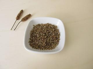 Edible Ribwort plantain seeds with seed husks