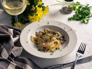 Saporito piatto di spaghetti con le vongole