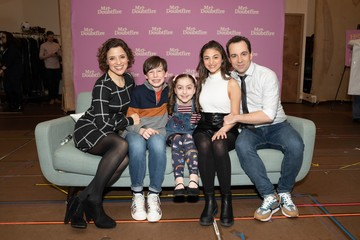 Jenn Gambatese, Jake Ryan Flynn, Avery Sell, Analise Scarpaci, Rob McClure Photo Call for MRS. DOUBTFIRE Meet and Greet with Cast and Creative Team