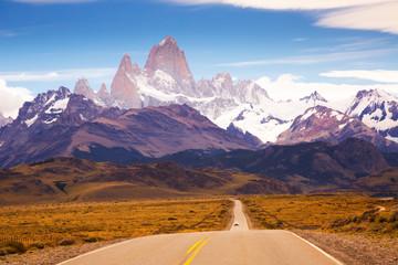Views from highway at peaks of Andes Fotobehang