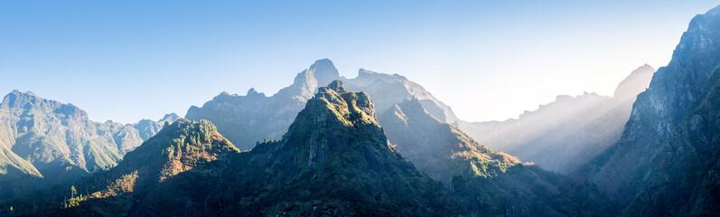 Misty mountain in morning Fototapete