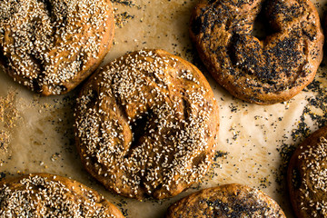 Sesame garnished whole wheat bagels