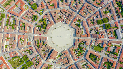 Palmanova, Udine, Italy. An exemplary fortification project of its time was laid down in 1593, Aerial View, HEAD OVER SHOT Fototapete