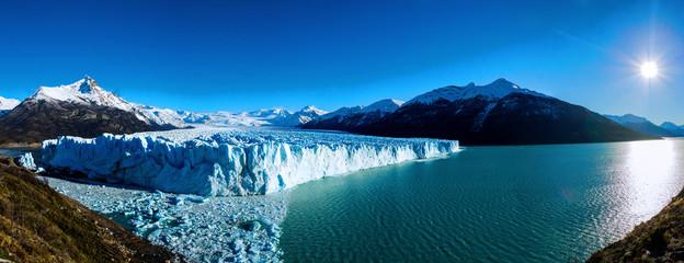 Papiers peints Bleu vert Wonderfull Perito Moreno glacier