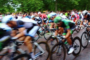 bike race on road