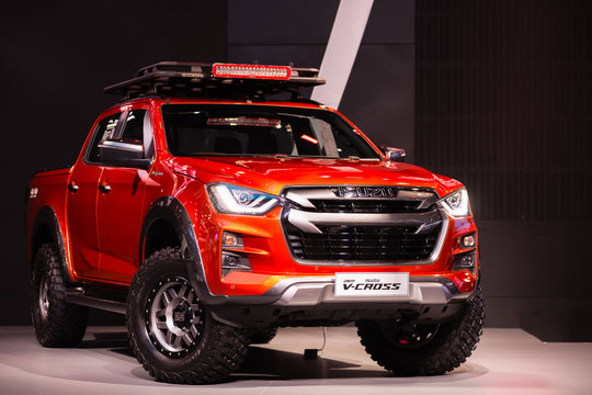 Isuzu D-Max V-Cross  4x4, range-topping double-cab pickup, the dressed-up D-Max aims to steal share from other styled-led rivals like the Chevrolet Colorado High Country and Ford Ranger Wild Trak.