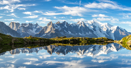 Lac des Cheserys. Mountains by Chamonix Valley, French Alps. Fototapete
