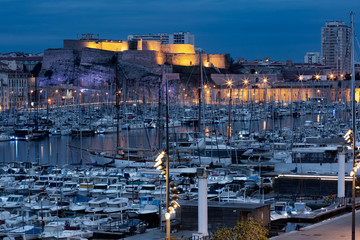 Fototapete - Night Old Port and fort Saint Nicolas on the background, on the hill, Marseille, France