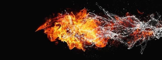 絡み合う抽象的な炎と水