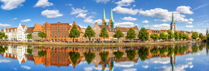 Fototapeta Panorama Trave, Altstadt, Luebeck, Deutschland