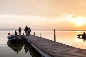 Tuinposter Pier Sunset in the Albufera Natural Park
