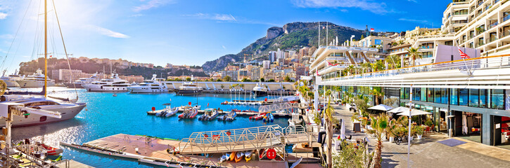 Zelfklevend Fotobehang Mediterraans Europa Monte Carlo yachting harbor and waterfront amazing panoramic view