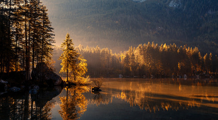 Foto auf Acrylglas Landschaft Wonderful Colorful Sunset at Hintersee Lake in Bavarian Alps. Awesome Alpine Highlands during sunrise. Amazing Autumn Natural Background. Incredible Nature Landscape. Beautiful locations of the World