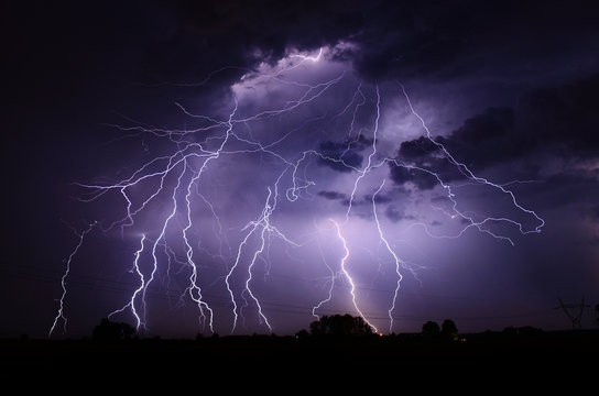 Huge thunderstorm hits at night