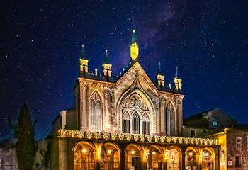 Nuit étoilée sur l'abbaye de Cimiez à Nice