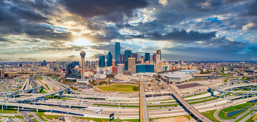 Foto op Plexiglas Texas Dallas, Texas, USA Downtown Drone Skyline Aerial