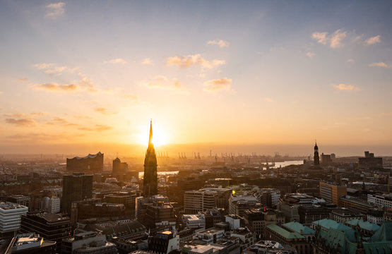 Aerial view of the city centre and harbor of Hamburg, Hamburg, Germany