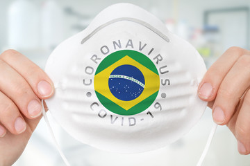 Photo sur Toile Brésil Respirator mask with flag of Brazil - Coronavirus COVID-19 concept