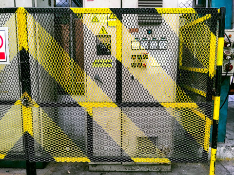 Yellow safety fence for high voltage substation, High voltage power control cabinet, Safety partition for protect dangerous working area, Steel fence to protect electricity cabinet,