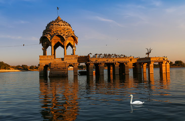 Fototapete - Gadisar lake at Jaisalmer Rajasthan with ancient architecture at sunset