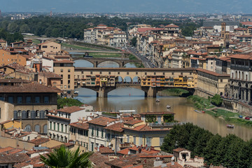 Fototapeta premium Florencja stary most na rzece panorama