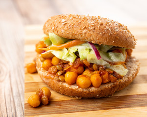 SLOPPY JOES WITH LENTILS AND CHICKPEAS