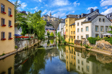 Wall Mural - Luxembourg city, Grund quarter and the Old town