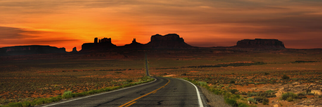 Panoramic view of highway to Monument valley